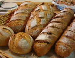 110206ライ麦パン.jpg