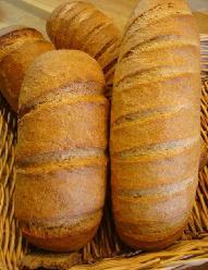 110403 ドイツパン二種.jpg