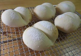 141203米粉げんこつパン.jpg