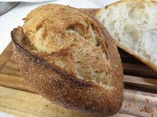150228ビゴのパン2.jpg